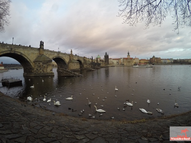 Girlswanderlust - 3 Days in Prague – The ultimate 3-day itinerary. amazingly beautiful charles bridge.jpg