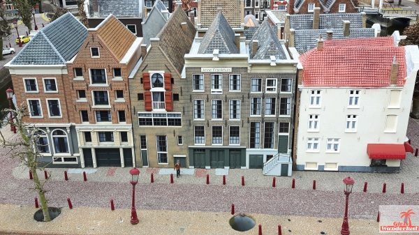 Coverphoto. Five reasons why you should visit Madurodam, a miniature park of the Netherlands. Anna Frank House @girlswanderlust #girlswanderlust