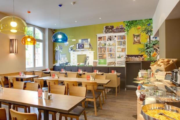 MEININGER Hotel Berlin Mitte Humboldthaus - Restaurant.jpg