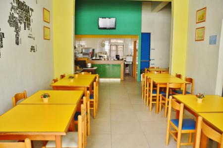 Hostel review NSTS Hibernia Residence & Hostel Malta. Restaurant. By @girlswanderlust #Malta
