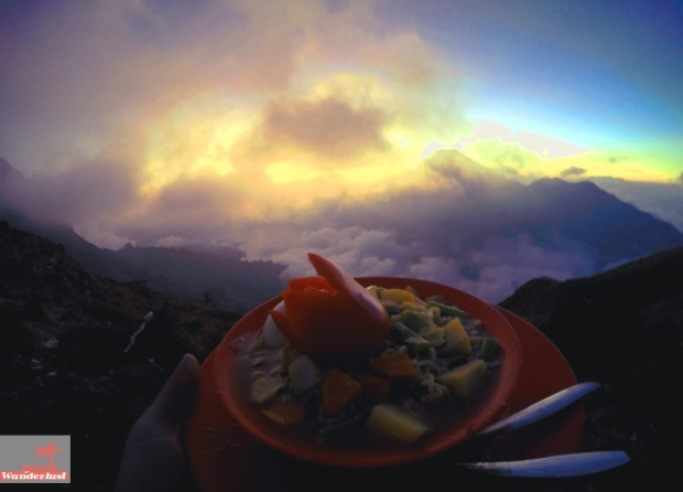 Climbing to the summit of Mount Rinjani, Lombok in 3 days and 2 nights diary, photos and tips  By @girlswanderlust #Lombok #Rinjani #Mountrinjani #indonesia #asia #girlswanderlust #travel #wanderlust #Summit #dinner.JPG