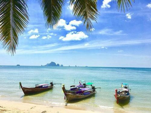 Nomadicnat1 - Ao Nang Beach Thailand
