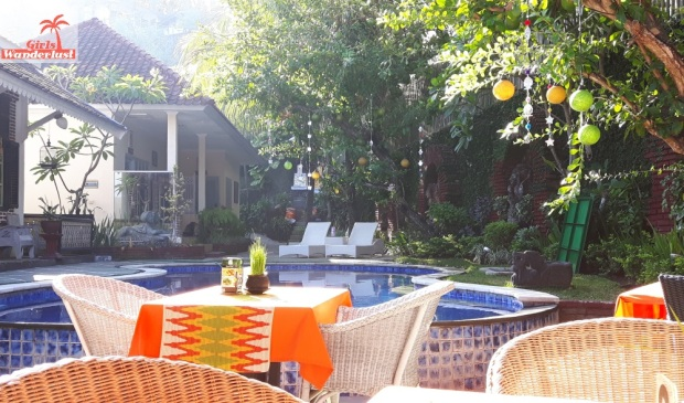 Travel guide Senggigi, Lombok – things to do, eat, sleep, and party by @girlswanderlust 2sendok #hotel #rabbit #girlswanderlust #travel #travelling #lombok #asia #senggigi