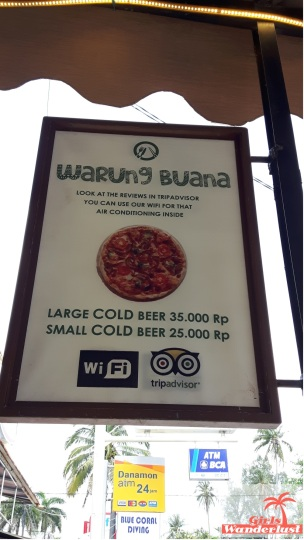 Travel guide Senggigi, Lombok – things to do, eat, sleep, and party by @girlswanderlust Warung Buana #pizza #girlswanderlust #travel #travelling #lombok #asia #senggigi.jpg