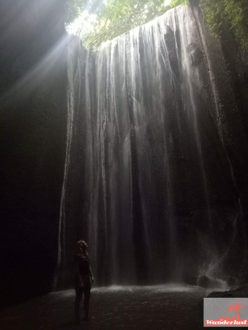 Discover the best waterfalls of Bali 15 magical waterfalls to add to your Bali bucket list by @girlswanderlus #Bali #indonesia #indonesie #waterfall #waterval #traveltip #wanderlust  #waterfalls #Tukad #Cepung.jpg