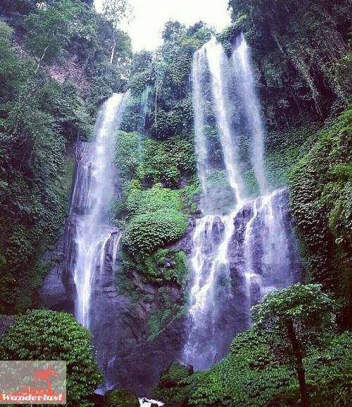 Discover the best waterfalls of Bali 15 magical waterfalls to add to your Bali bucket list by @girlswanderlus #Bali #indonesia #indonesie #waterfall #waterval #traveltip #wanderlust  #waterfalls #sekumpul 3.jpg