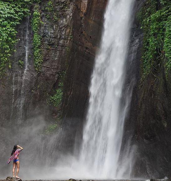 Munduk waterfall @mariannekuga.JPG