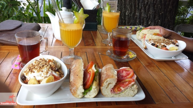 Travel guide @Sanur @Bali – Things to do, eat, sleep, and party - #Sanur #Bali #Indonesia #bar #restaurant #travelguide #travel #traveling #wanderlust #girlswanderlust #Cafe #smorgans #breakfast.jpg