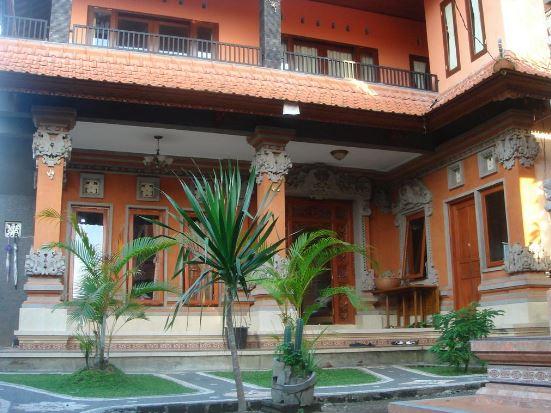 Travel guide Ubud Bali by @Girlswanderlust #Bali #Ubud #girlswanderlust #travel #wanderlust Ubud #Sedana Homestay