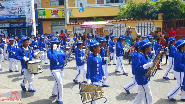 Celebrating #Independence Day in #Guatemala by @girlswanderlust #independicia #guate #panajachel #fiesta #tradition #girlswanderlust #travel #wanderlust #solola #vrijheid #freedom 4